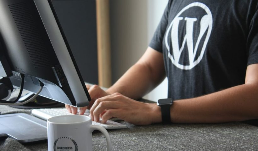 7 Reasons Why You Should Consider Blogging